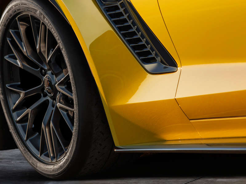Chevrolet Will Unveil The 2015 Corvette Z06 at the 2014 Detroit Auto Show