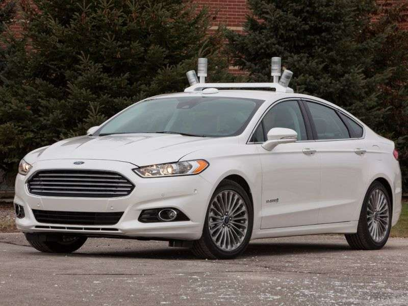 Ford Introduces Self-Driving Fusion Hybrid Research Vehicle
