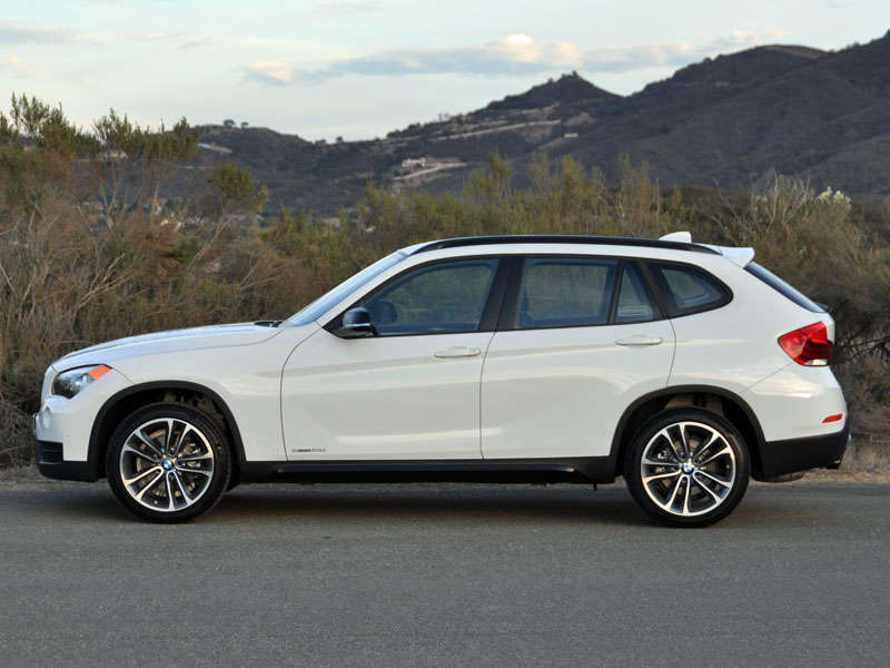2014 BMW X1 Crossover SUV Road Test and Review | Autobytel.com