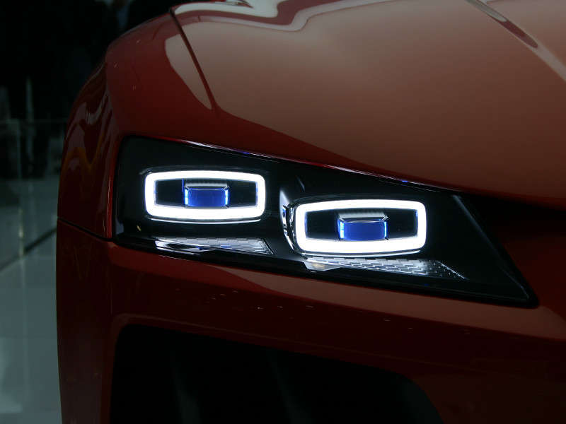 Audi Matrix LED and Laser Lights: 2014 International CES
