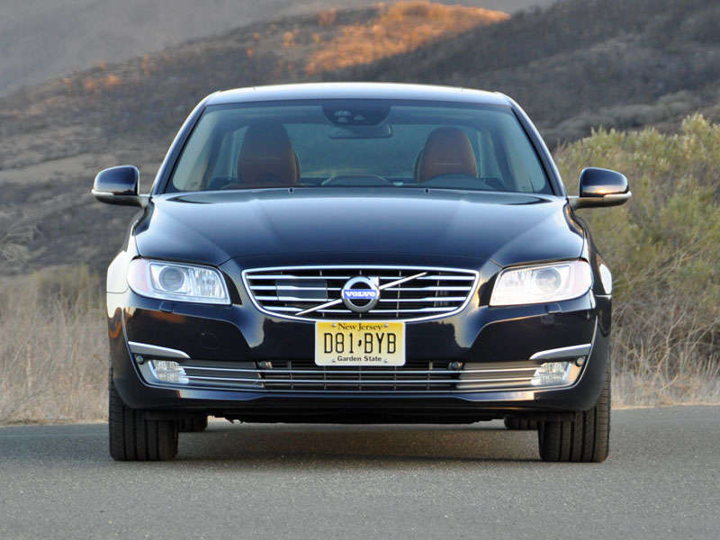 2014 Volvo S80 Luxury Sedan Road Test and Review