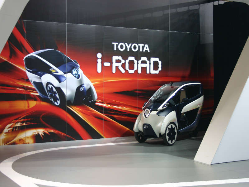Toyota i-ROAD and Lit Motors C-1: 2014 International CES