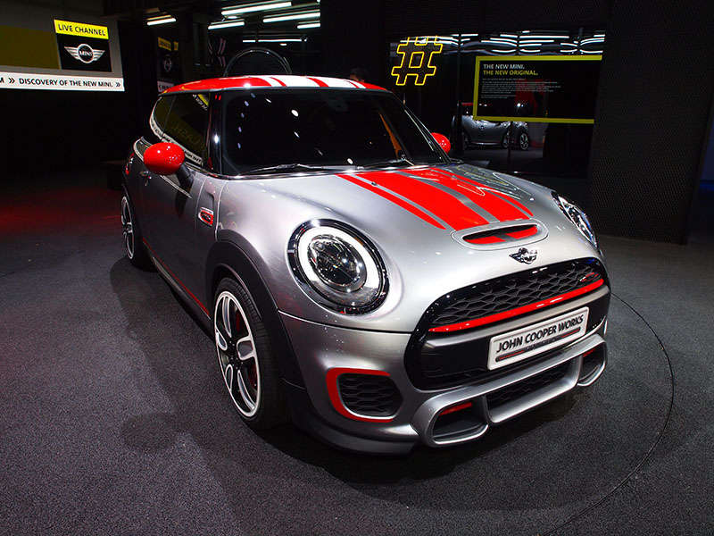 Mini John Cooper Works Concept Preview: 2014 Detroit Auto Show