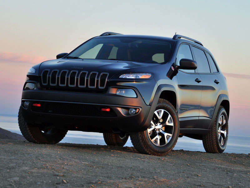 2014 Jeep Cherokee Trailhawk Review and Quick Spin