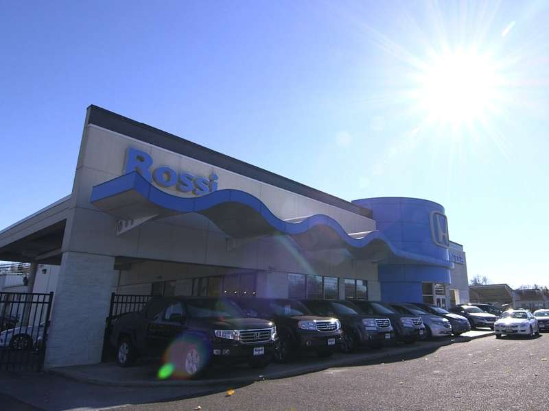 Honda Has Nation's First Dealership to Go Electric Grid Neutral