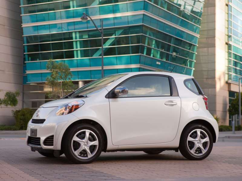 2014 scion iq road test and review. Black Bedroom Furniture Sets. Home Design Ideas