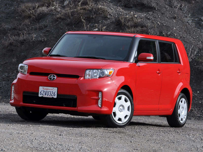 2013 Scion xB Review and Quick Spin