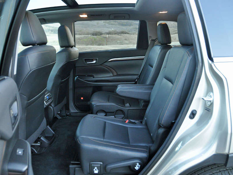 2014 suv with second seat captain car and third row autos post. Black Bedroom Furniture Sets. Home Design Ideas