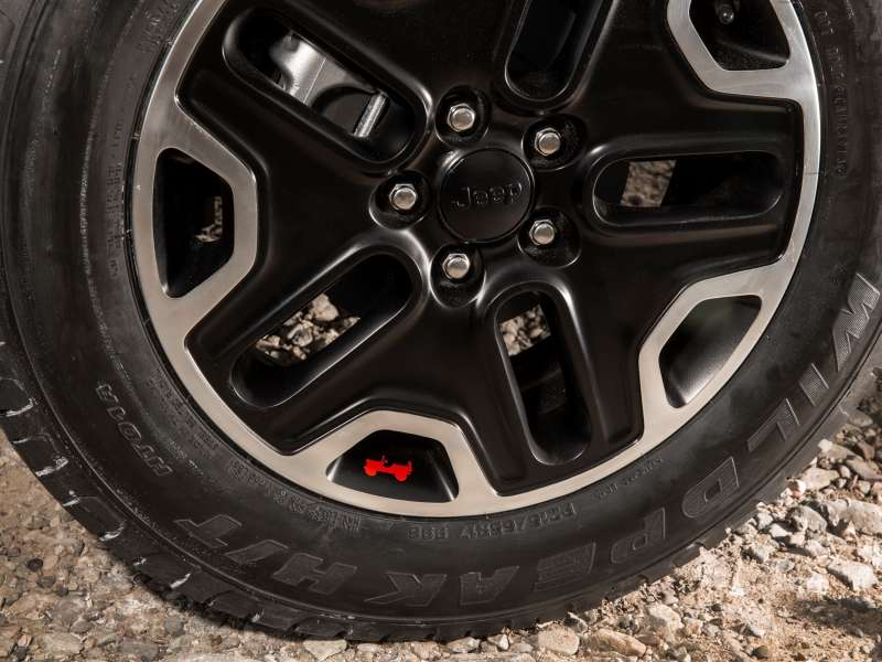 Mopar Shows First Upgrades for 2015 Jeep Renegade