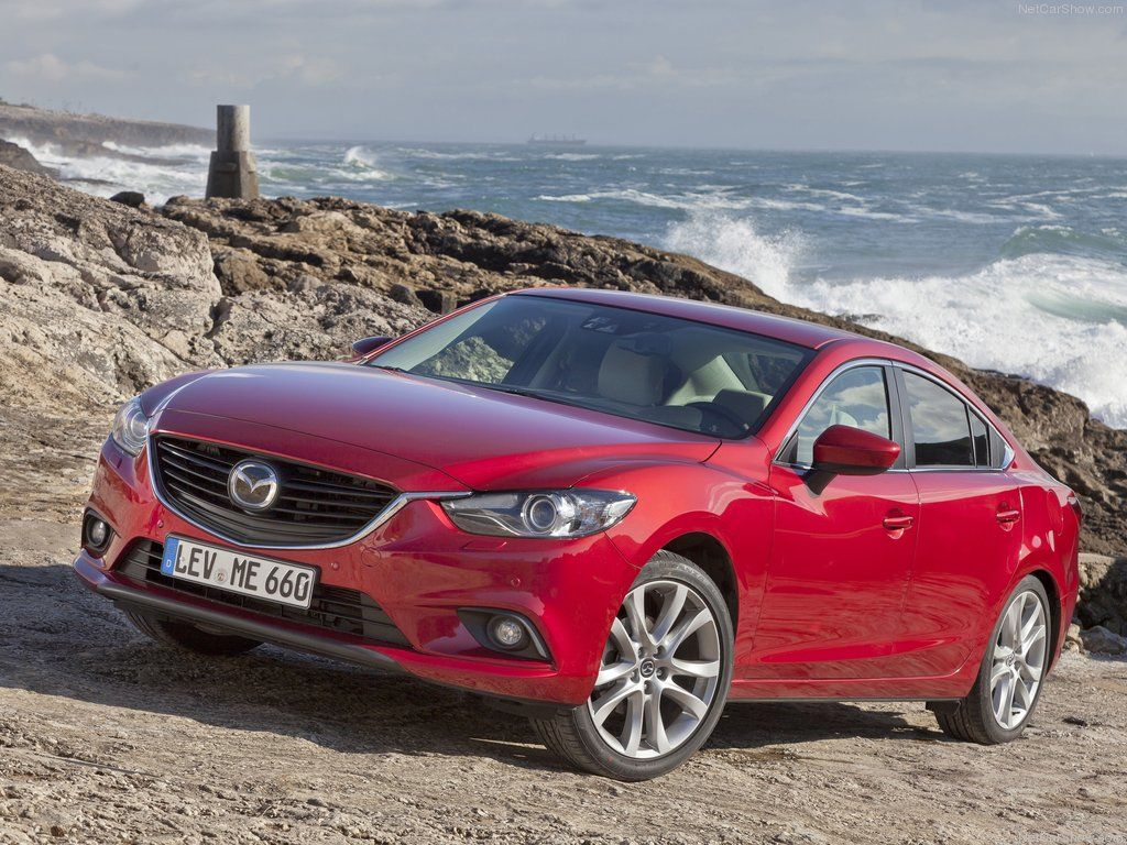 NHTSA Awards 2014 Mazda Mazda3, Mazda6 5-Star Safety Scores