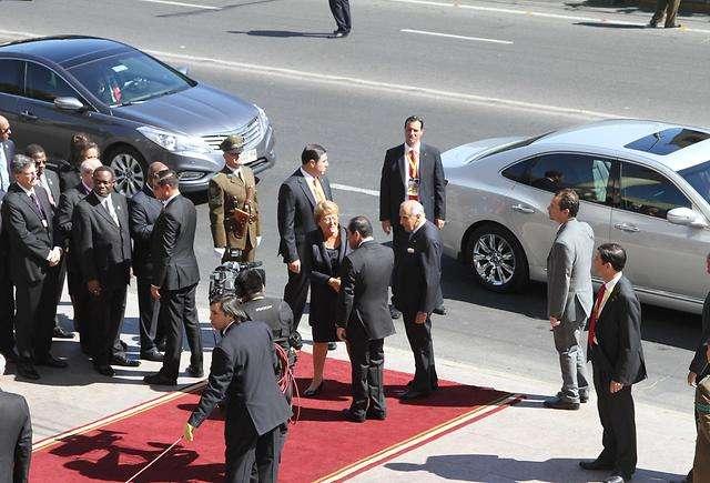 2014 Hyundai Equus Becomes President