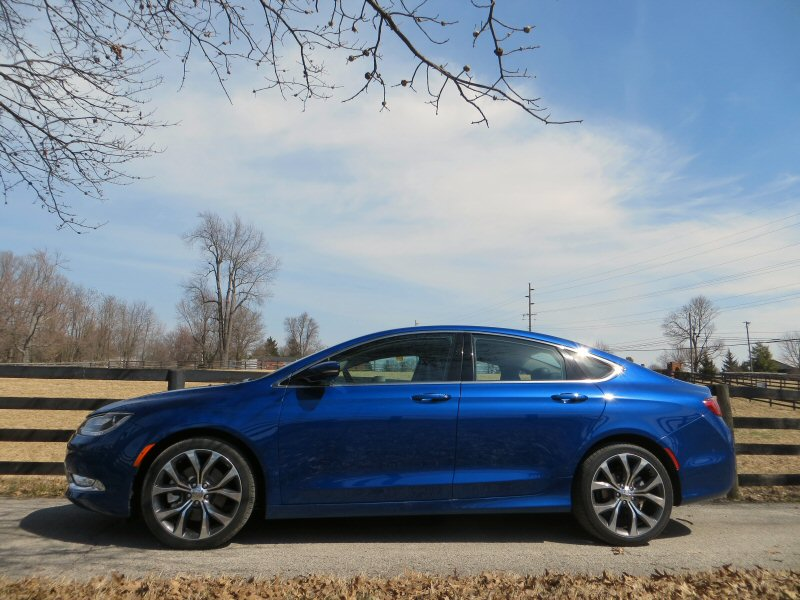 2015 Chrysler 200 to Reach 36 MPG Highway
