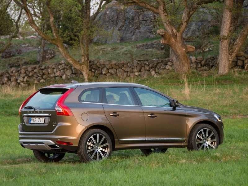 2015 Volvo XC60 Reviews