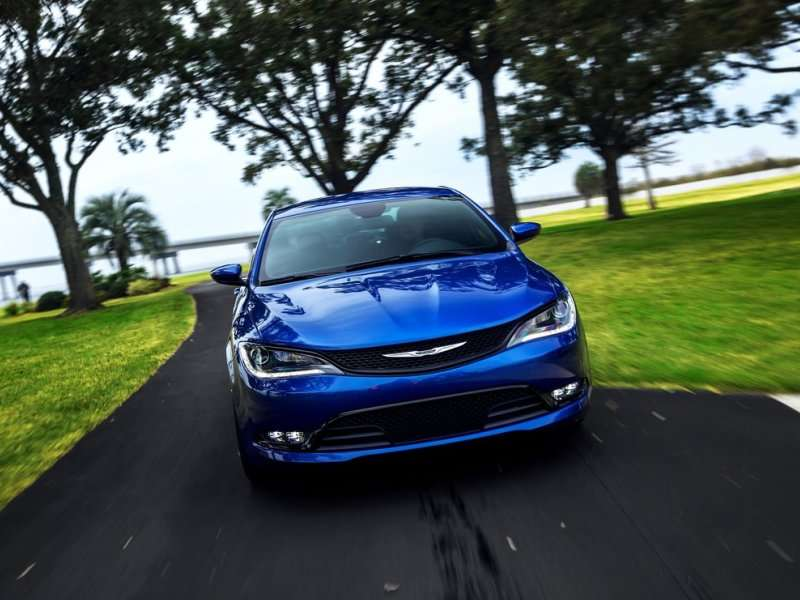 2015 Chrysler 200 First Drive Review