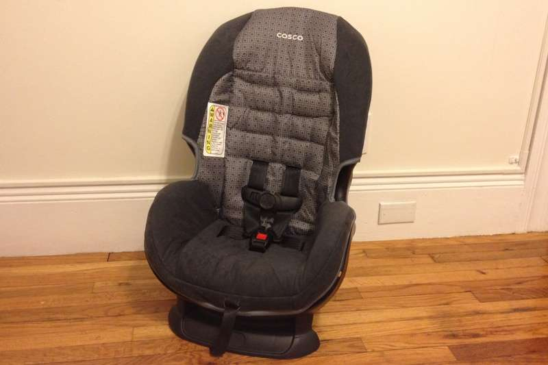 Car Seat Review: Cosco Scenera