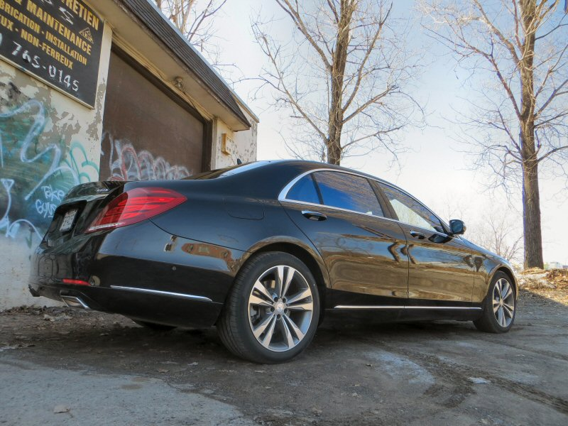 2014 mercedes benz s550 4matic luxury sedan review for Mercedes benz s550 4matic 2014