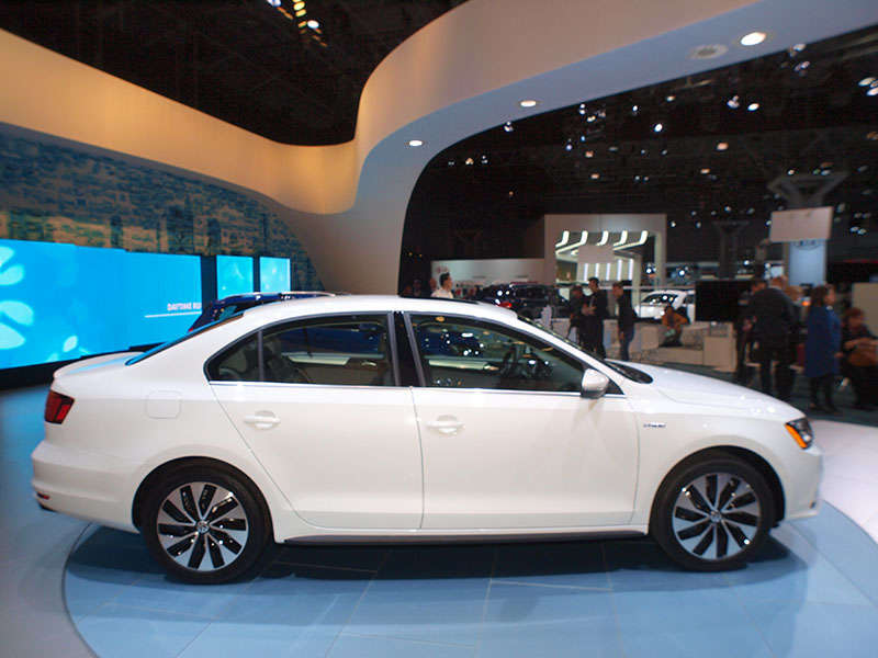 2015 Volkswagen Jetta Preview: 2014 New York Auto Show