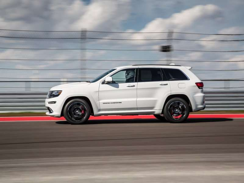 2014 jeep grand cherokee srt road test review. Black Bedroom Furniture Sets. Home Design Ideas
