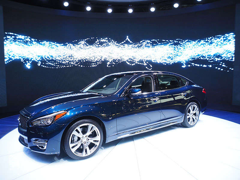 2015 Infiniti Q70 Preview: New York Auto Show