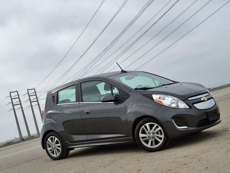 2014 Chevrolet Spark EV Review and Quick Spin