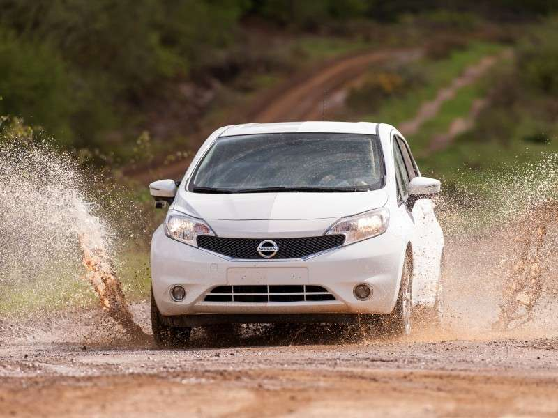 2014 Nissan Versa Note Shows Stay-clean Coating in Europe
