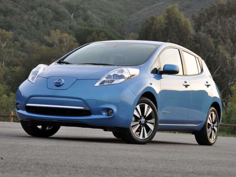 2014 nissan leaf review and road test. Black Bedroom Furniture Sets. Home Design Ideas