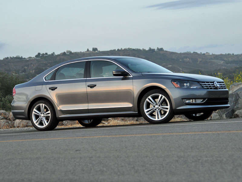 2014 Volkswagen Passat Review and Quick Spin