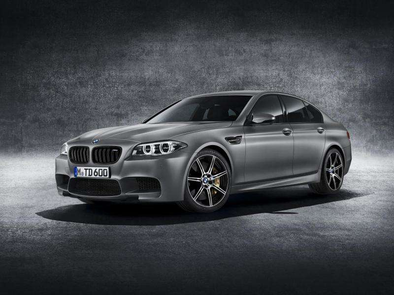 BMW M5 Celebrates 30th Birthday