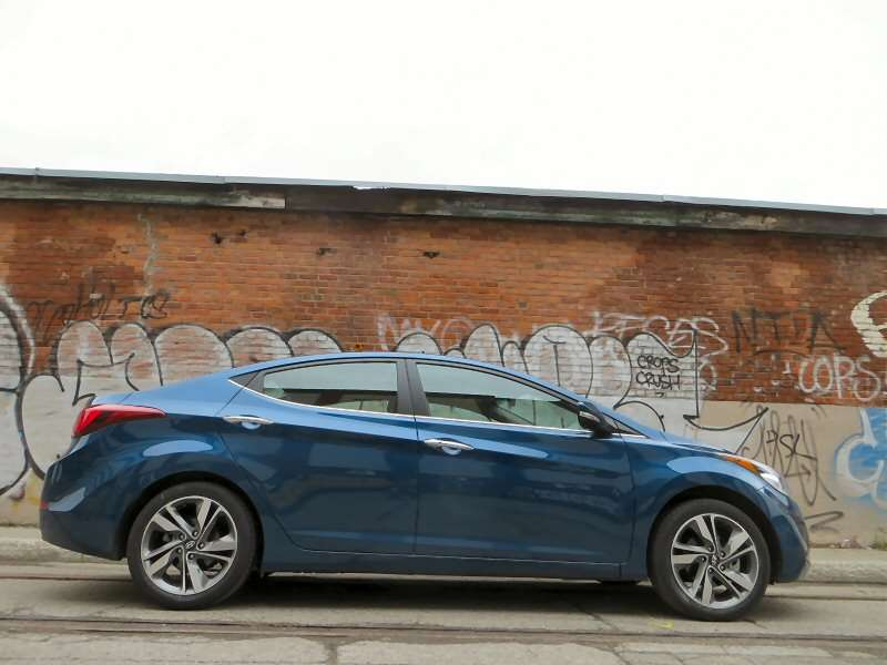 2014 Hyundai Elantra Limited Compact Sedan Review