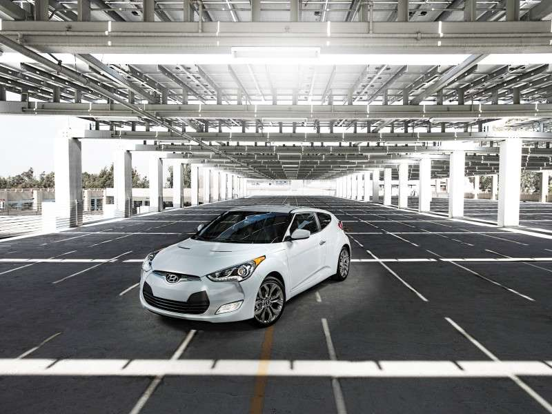 2014 Hyundai Veloster Shows Some RE:FLEX Action