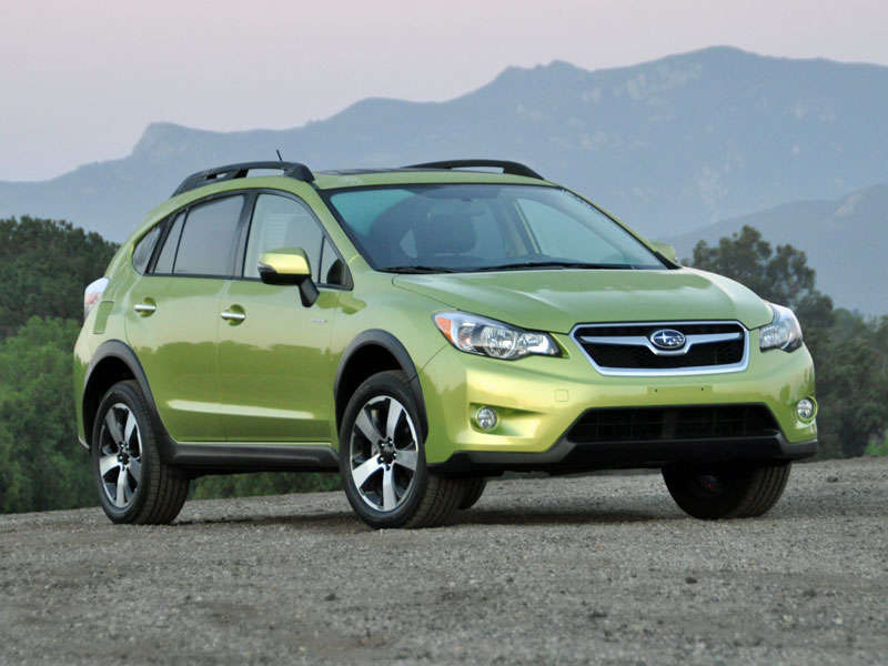 2014 Subaru XV Crosstrek Hybrid Review and Quick Spin