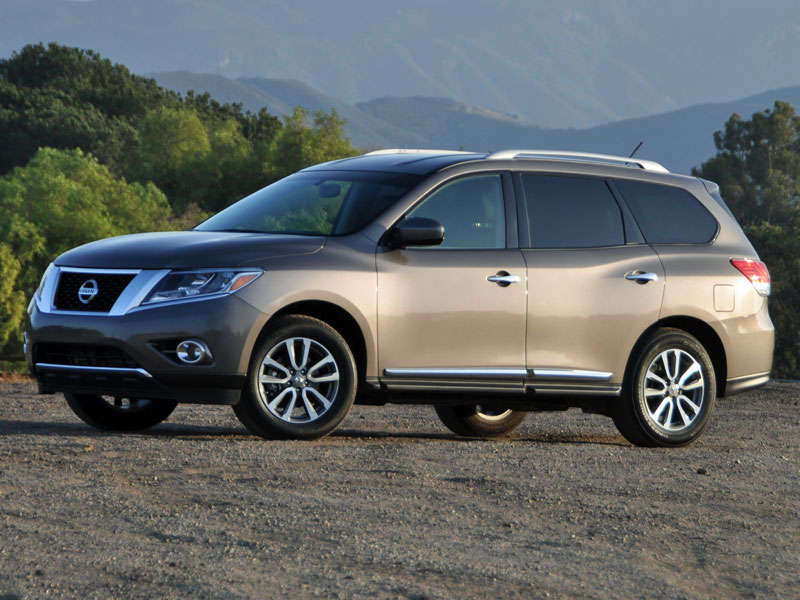 2014 nissan pathfinder test drive and video review. Black Bedroom Furniture Sets. Home Design Ideas