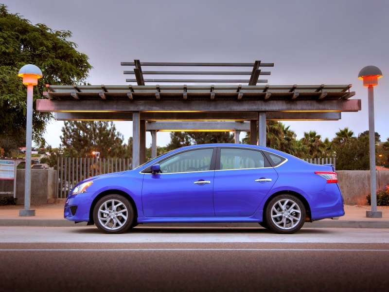 2015 Nissan Sentra Rolls out with More Standard Content