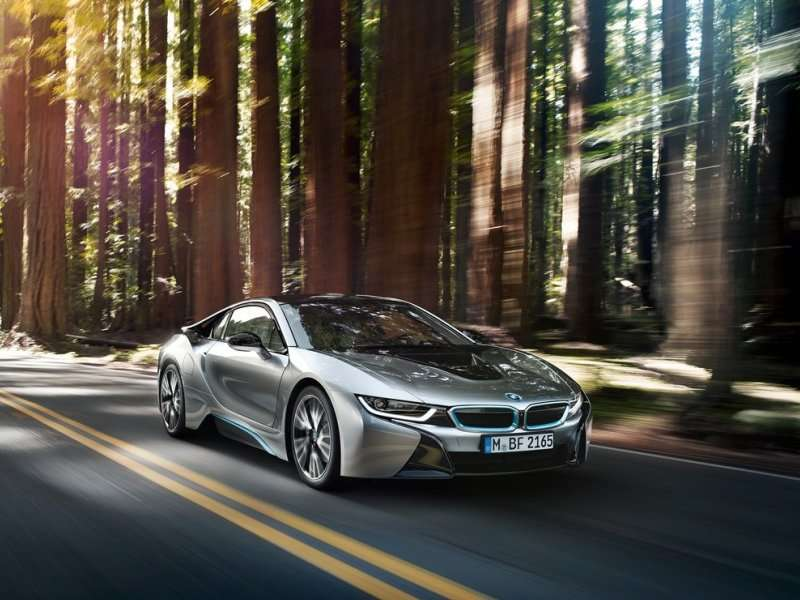 4 bmw i8 - Coolest Cars In The World 2015