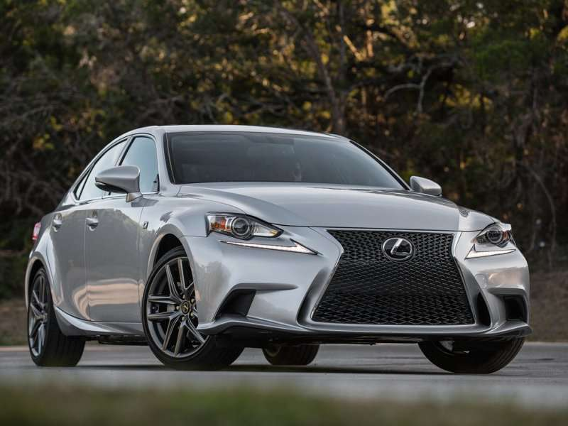 Minor Changes for the 2015 Lexus IS
