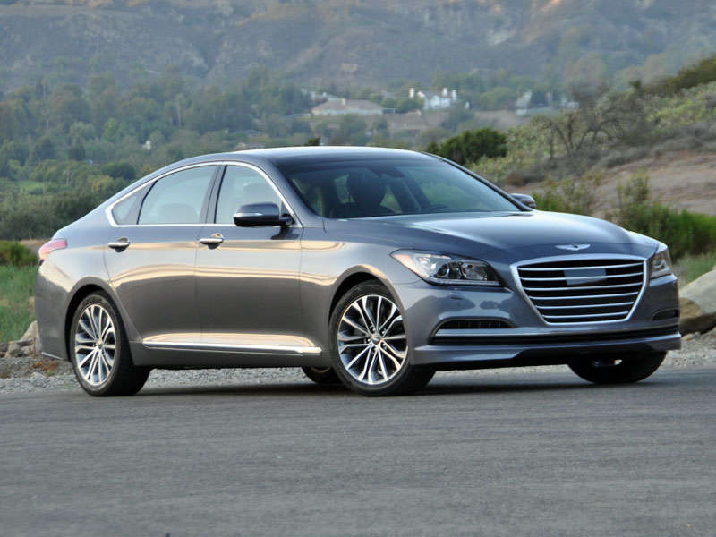 2015 Hyundai Genesis 3.8 Review and Quick Spin