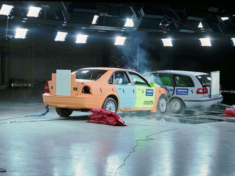 The Top 10 Safest Cars