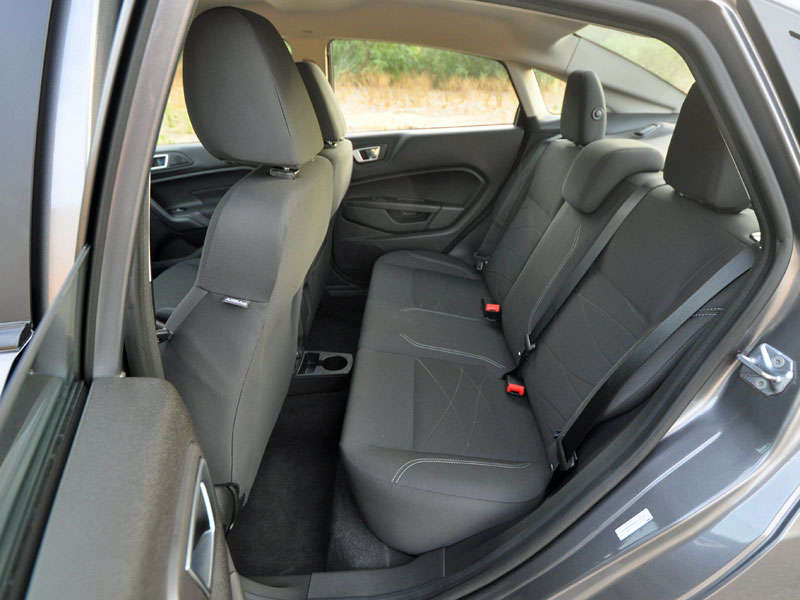 2014 ford fiesta se ecoboost sedan review and quick spin. Black Bedroom Furniture Sets. Home Design Ideas