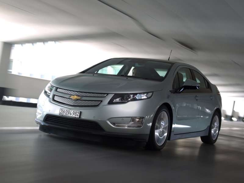 2014 Chevy Volt Earns Top Safety Pick+ Honor
