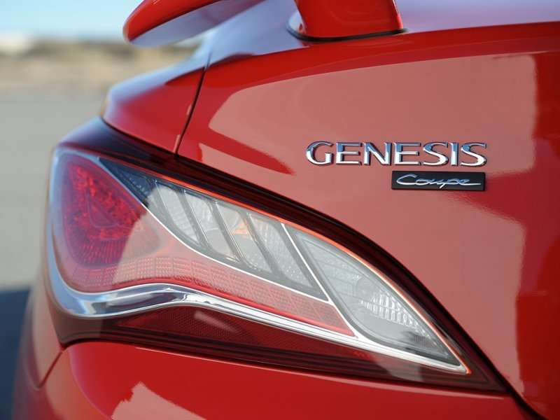 2015 Hyundai Genesis Coupe Debuts with Standard V6