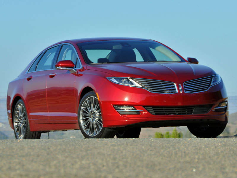 2014 Lincoln MKZ Luxury Sedan Review