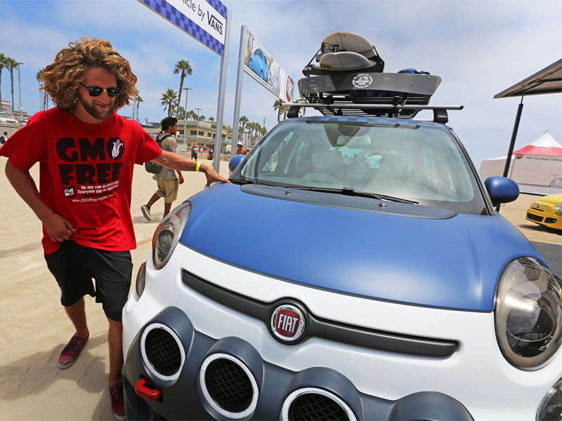 Fiat 500L-Vans Concept Makes Waves at U.S. Surf of Open