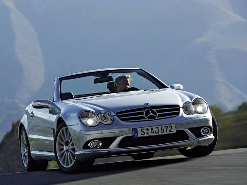 Nine good reasons to buy a used luxury car for Where to buy used mercedes benz