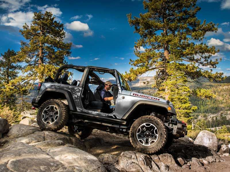 2015 Jeep Wrangler Scores 9th Straight Monthly Sales Record