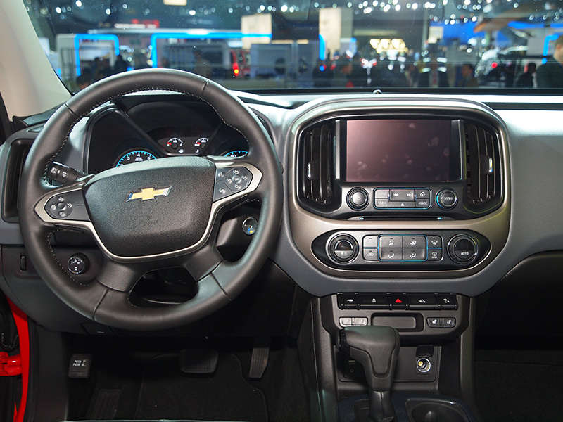 Chevy: 2015 Chevrolet Colorado V6 Will Reach 26 MPG