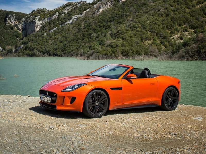 The Best 2015 V8 Sports Cars