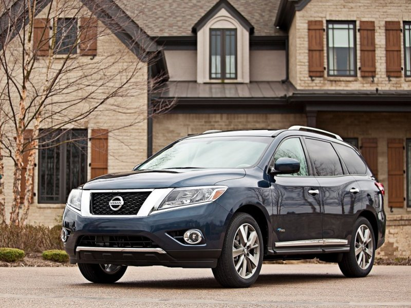 Nissan Pathfinder Helps Automaker Top EPA Fuel-efficiency Review