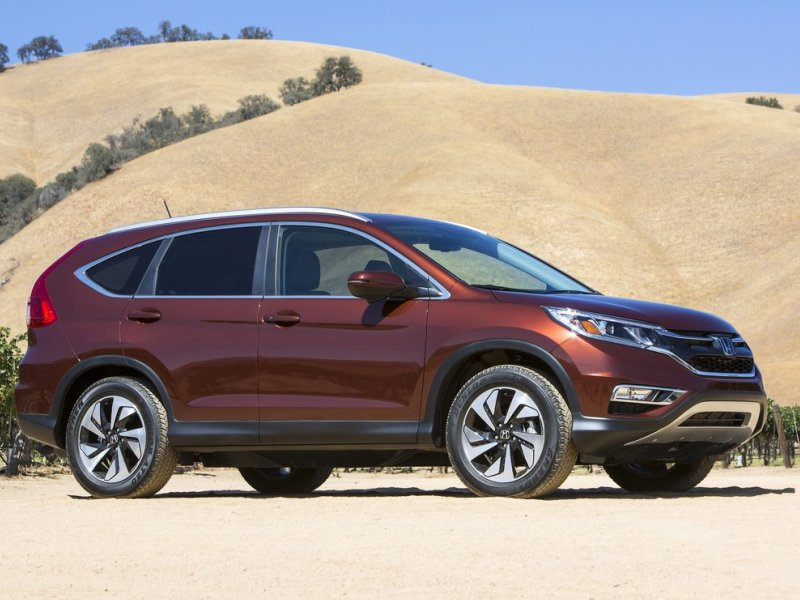 Redesigned 2015 honda cr v honored as a top texas for Motor trend crossover of the year