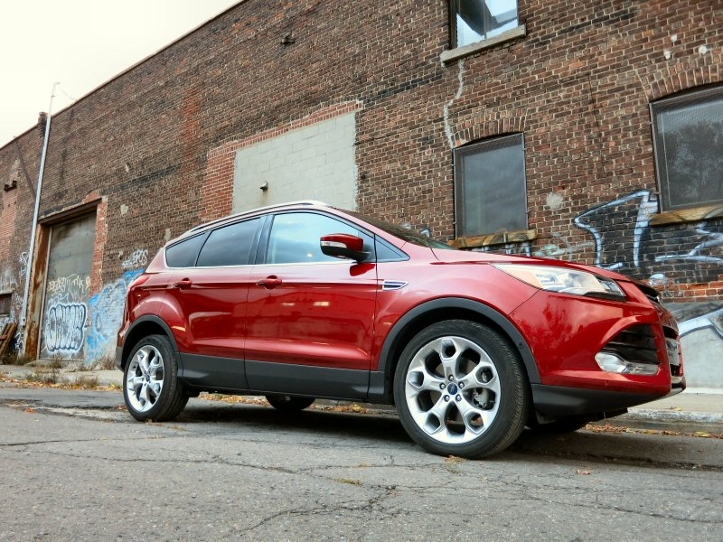 10 Things You Need To Know About The 2015 Ford Escape