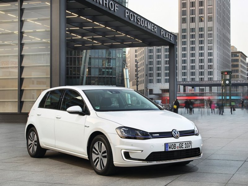 Electric 2015 Volkswagen e-Golf Named Most Efficient Compact EV